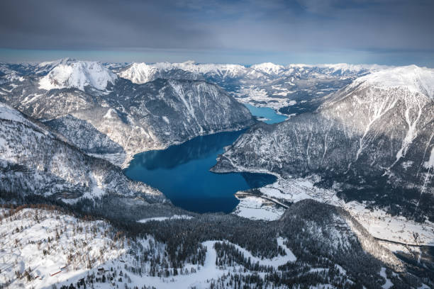 hallstatt lake - borchee stock pictures, royalty-free photos & images