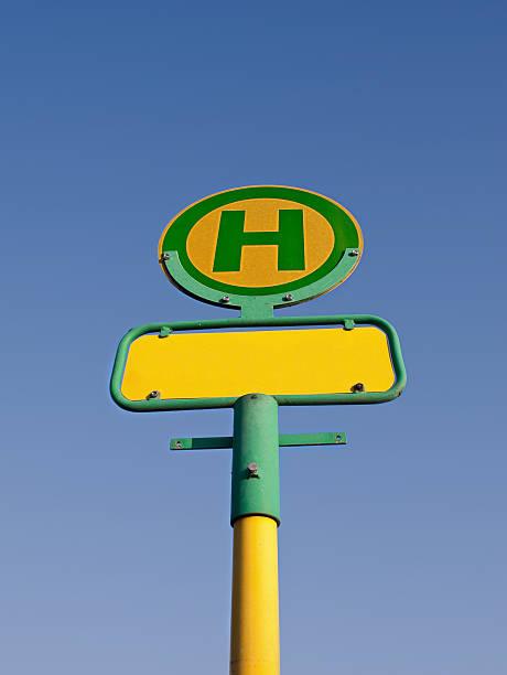 haltestellenschild-bus stop-schild - andreas weber stock-fotos und bilder
