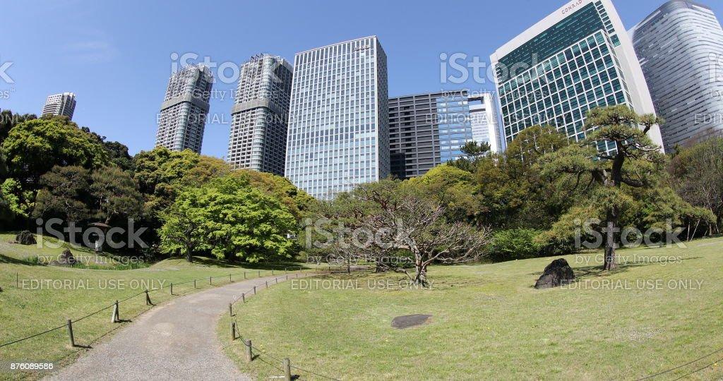 Hamarikyu Gardens In Tokyo stock photo 876089586 | iStock