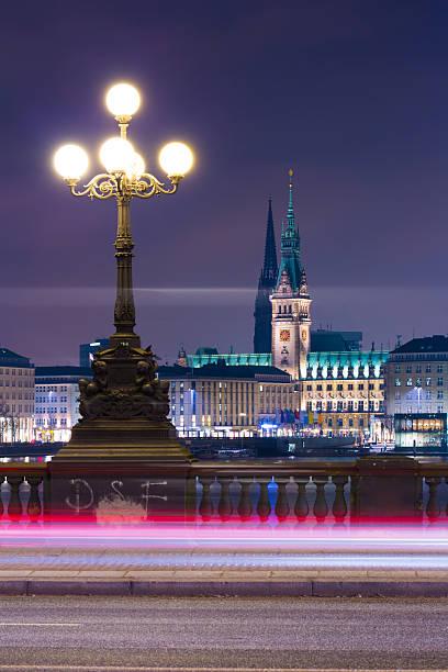 Hamburg, der Alstersee, Rathaus – Foto