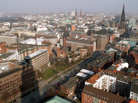 Hamburger Innenstadt und Außenalster vom St. Michaelis Turm (Michel)
