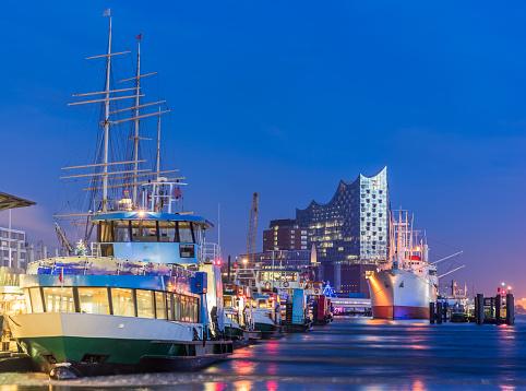 Hamburg harbour, Elbe Philharmonic Hall