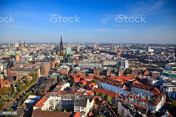 Foto de De Hamburgo e mais fotos de stock de Ajardinado