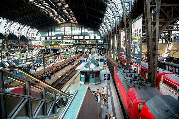 hamburg train station - munich train station bildbanksfoton och bilder