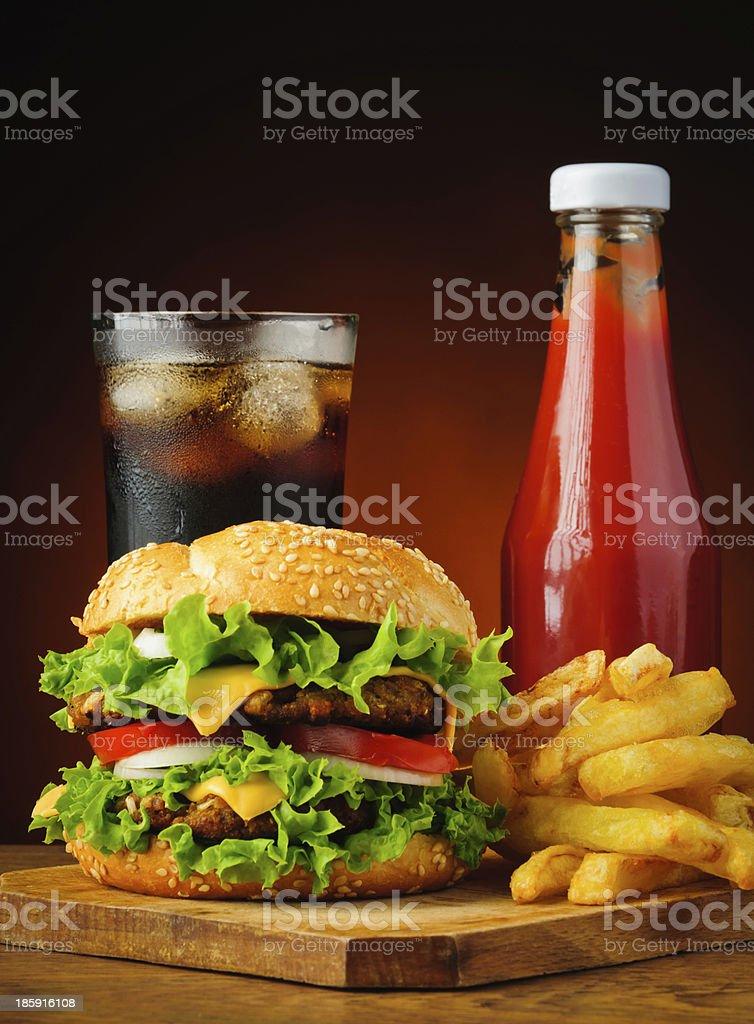 cola, hamburger, Pommes Frites mit ketchup – Foto