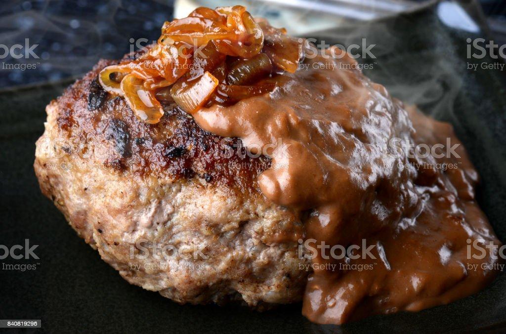 Steak haché en style japonais ou hambagu. - Photo