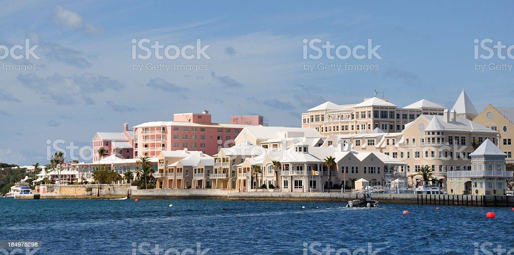 Hamilton Waterfront i Marina. Odległy – zdjęcie