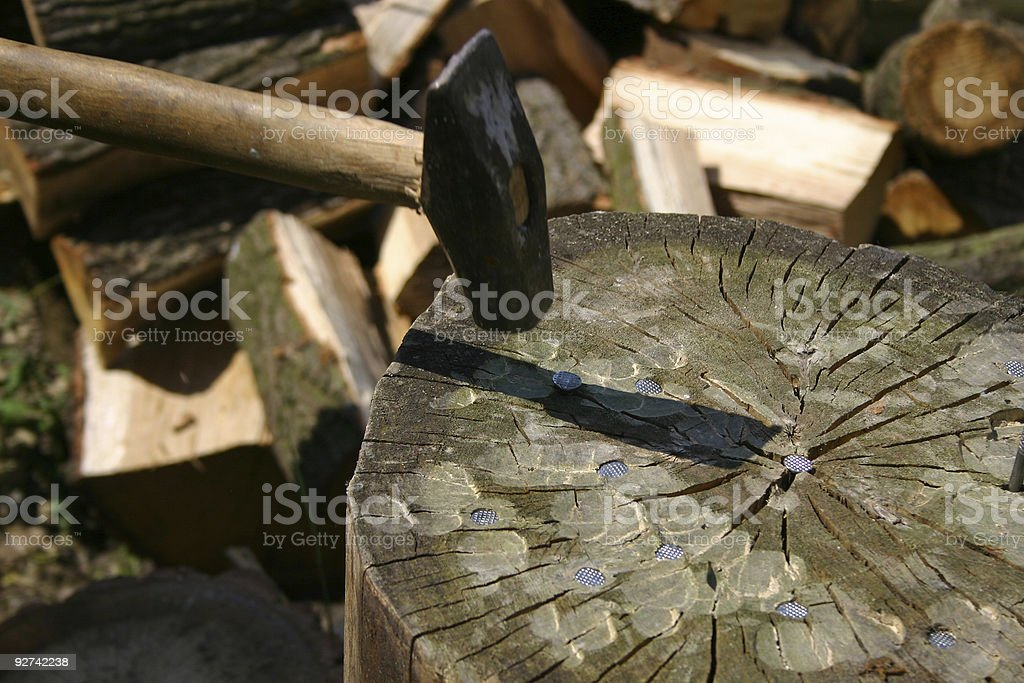 Hammer, Nägel, log Lizenzfreies stock-foto