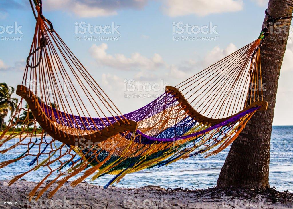 Hamaca en la playa - foto de stock