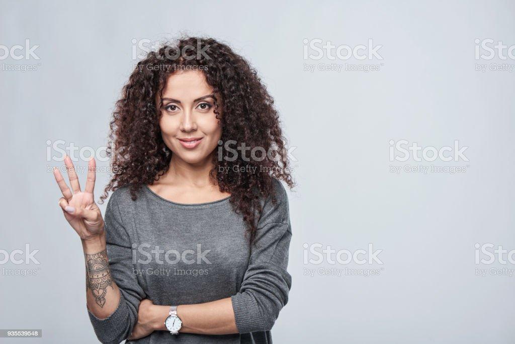 Hand zählen-drei Finger. – Foto