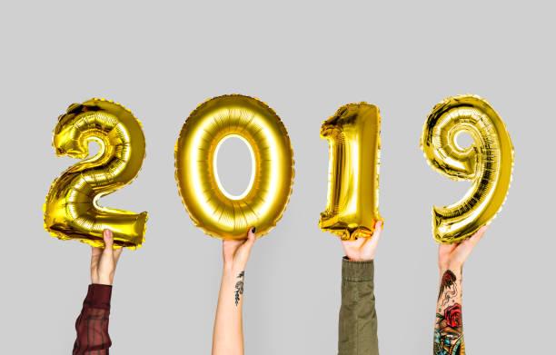hand, die neue jahr 2019 ballon - chinesische zeichen tattoos stock-fotos und bilder