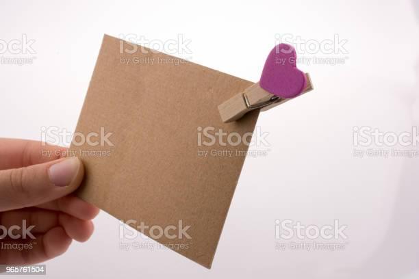 Hand Holding Papier Stockfoto en meer beelden van Achtergrond - Thema