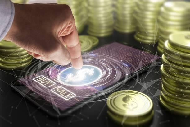 Hand mit Smartphone mit Dollarzeichen – Foto
