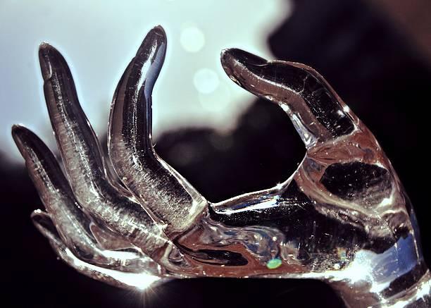 Mão de gelo - foto de acervo