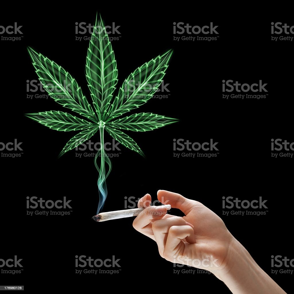 Листья марихуаны курят пройти тест на марихуану в моче