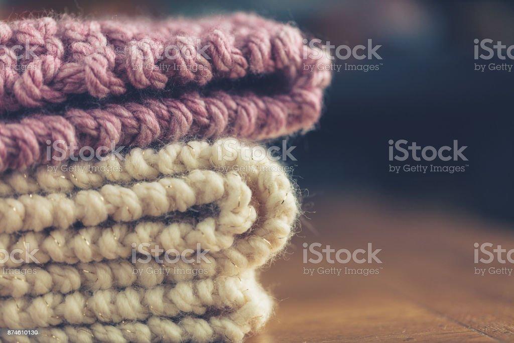 Handgestrickte klobige Wolldecken – Foto