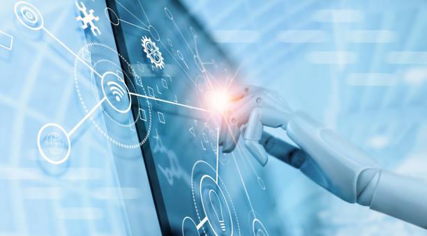 Hand der Roboter mit über die Schnittstelle virtuelle Bildschirm, um Status- und Automation Robotik Arme Maschine in der intelligenten Fabrik Industrie mit Symbol Informationsfluss und Datenaustausch in der Fertigungstechnik zu überprüfen. AI. Zukunftsw – Foto