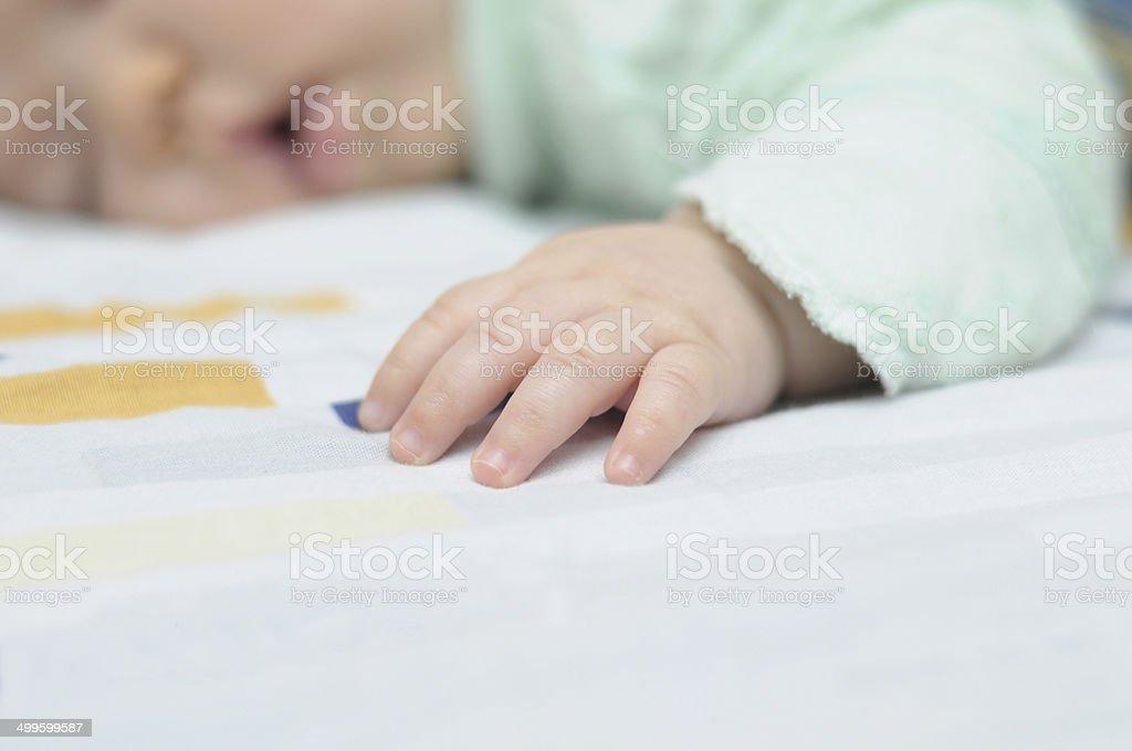 Schlafen baby Hand - Lizenzfrei Alleinerzieherin Stock-Foto