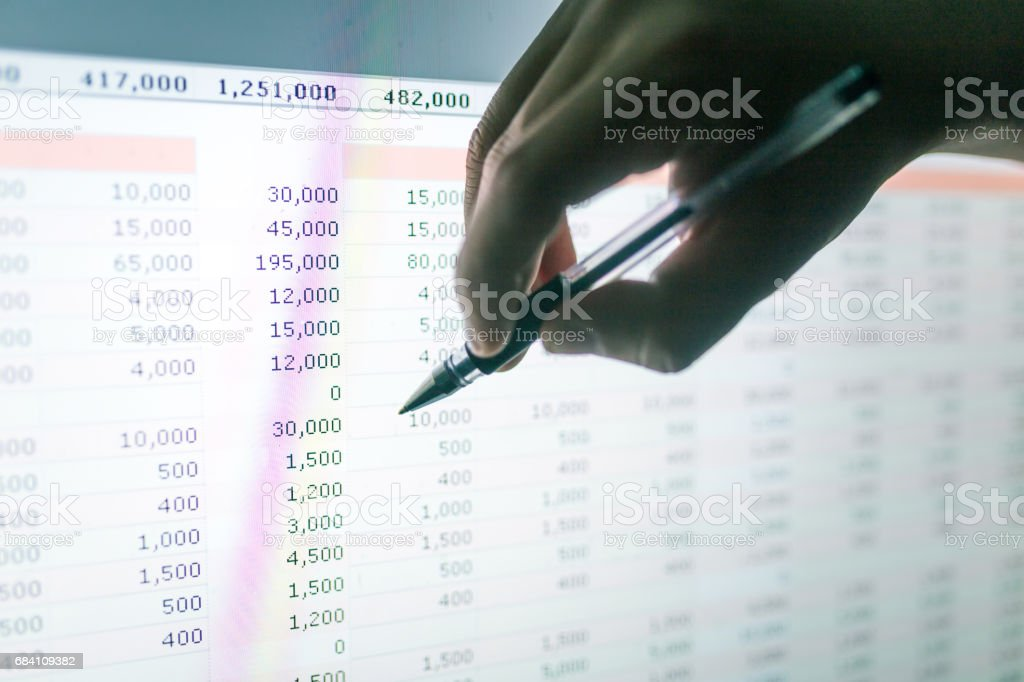 hand point to the screen with histogram stock photo