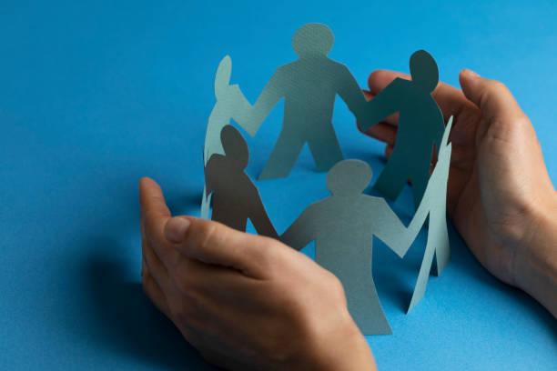 Handschutz Papier ausgeschnitten E-Form – Foto