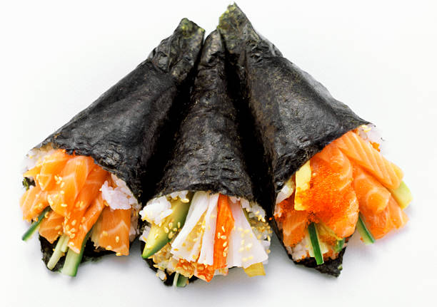 Hand roll (Sushirolle) Lachs sushi roll-design-element – Foto