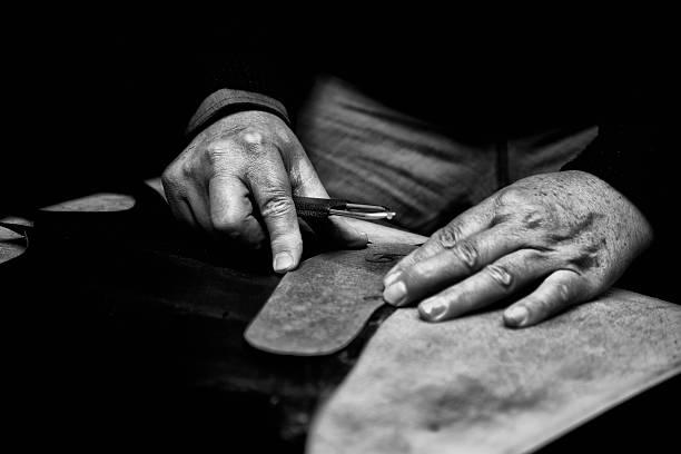 のハンド縫う - 職人 ストックフォトと画像