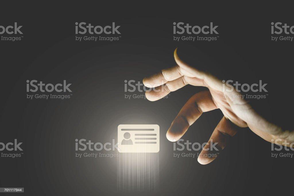 手窃盗の id カードのアイコン。クレジット カードの概念をハッキング ストックフォト