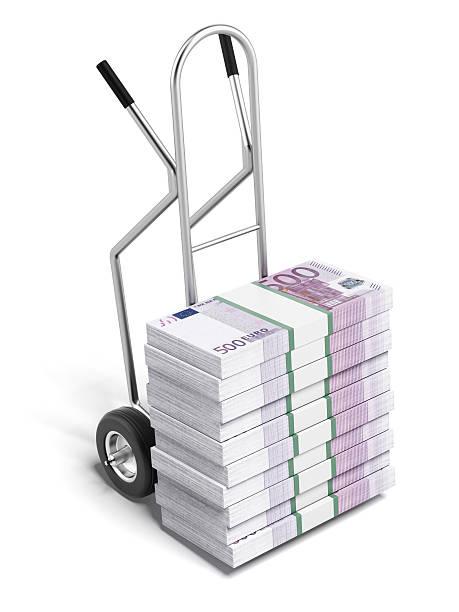 hand track mit euro - trolley kaufen stock-fotos und bilder