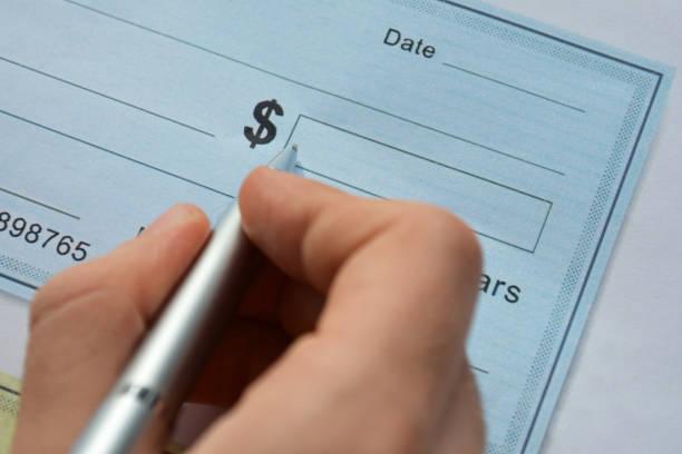 hand-schreiben-check - bankhaken stock-fotos und bilder