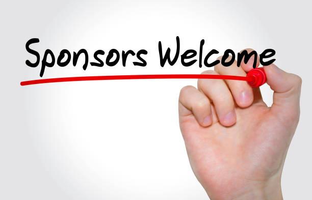Main qui écrit inscription Sponsors Bienvenue avec le marqueur, concept - Photo