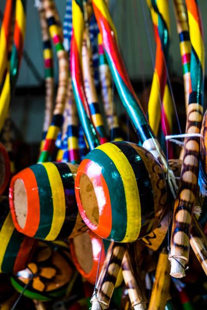 handcrafts in modelo market in salvador de bahia - carlosanchezpereyra fotografías e imágenes de stock
