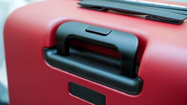 griff des koffers stock foto - trolley kaufen stock-fotos und bilder