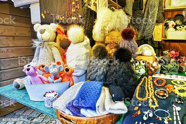 Handmade bears and hats on display at riga christmas market picture id611875952?b=1&k=6&m=611875952&s=612x612&h=wzugwvipnrrykzdjpa osmzhrln vqjzi3kb 3luzri=
