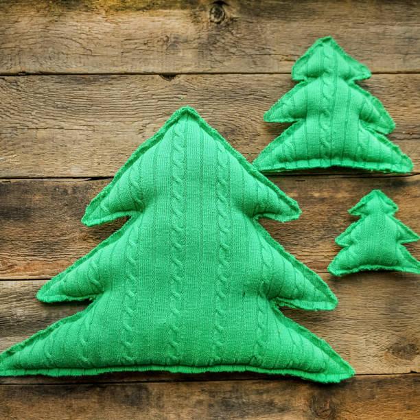handgemachte weihnachten spielzeug - winterdeko basteln stock-fotos und bilder