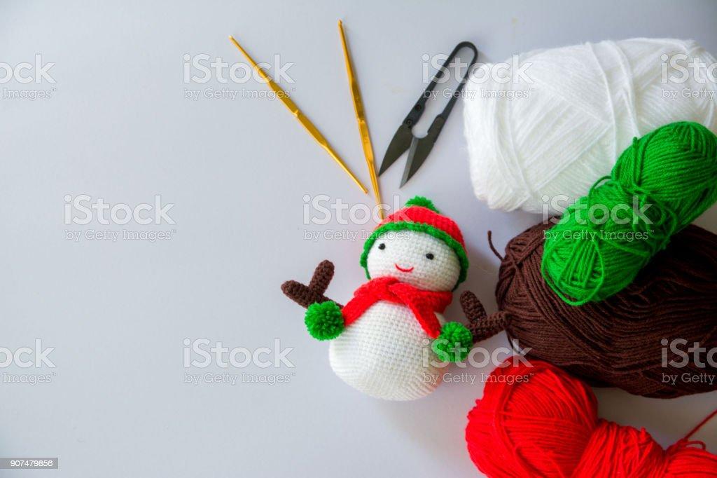 Crochet snowman amigurumi pattern | Virkade dockor, Virkmönster ... | 682x1024