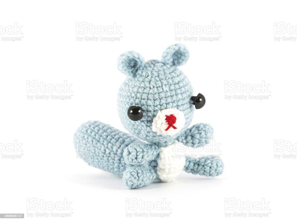 Fotografía de Manualidad Crochet Marioneta De Mapache Sobre Fondo ...
