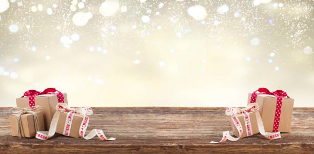 selbstgemachtes geschenk-boxen - gutschein weihnachten stock-fotos und bilder