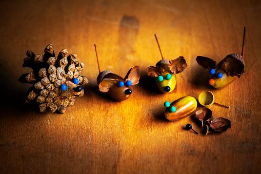 istock Handmade mouse acorn table 1037008356