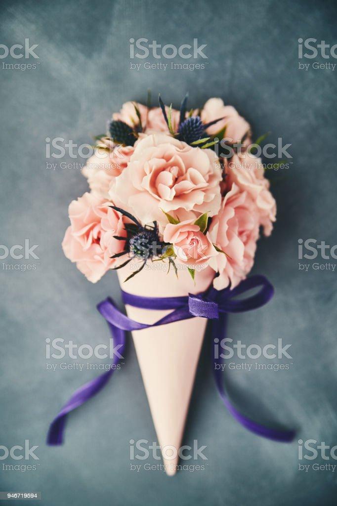 Handgefertigte Rosen Blumenstrauß zum Muttertag – Foto
