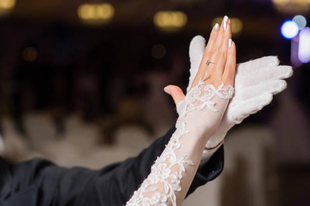 hands of dancing waltz couple - sala balowa zdjęcia i obrazy z banku zdjęć