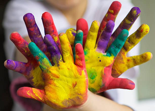 hände - fingerfarben stock-fotos und bilder