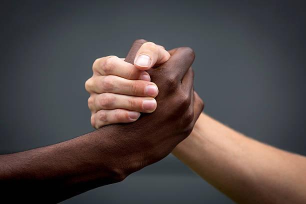 """Résultat de recherche d'images pour """"belle image contre le racisme"""""""