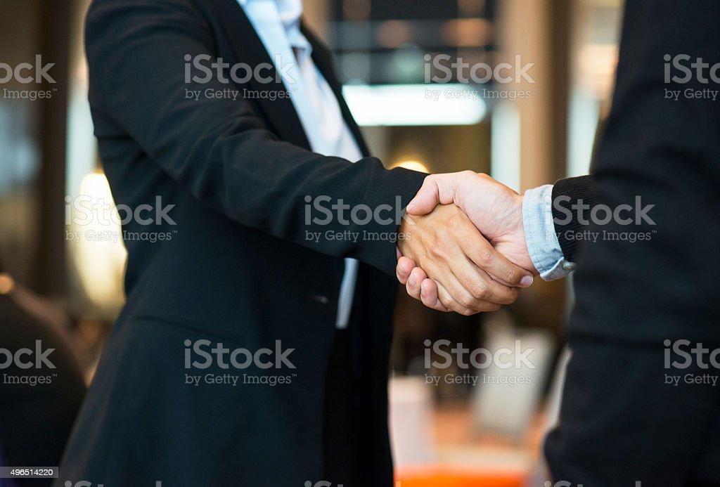 Hände schütteln – Foto