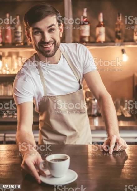 Handsome barista working picture id657139116?b=1&k=6&m=657139116&s=612x612&h=e630a6etwrt4j1mwolpu1waspjutmepbzcvarvrvb0e=