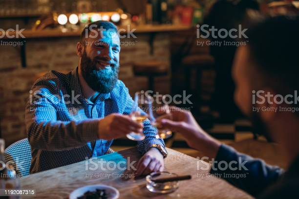 Handsome bearded men drinking whiskey picture id1192087315?b=1&k=6&m=1192087315&s=612x612&h=mcs9lctya2veqqohednr1u8rhbd9erlpaxge8etagg0=