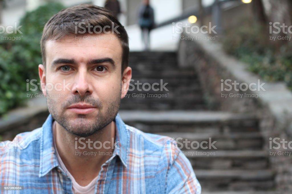 Macho con dos ojos de color (azul-marrón) - Foto de stock de Accesorio para ojos libre de derechos