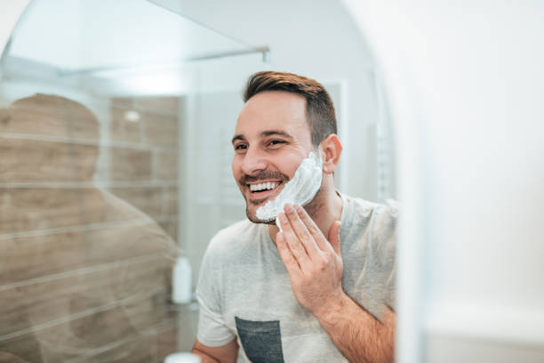28,503 Men Shaving Stock Photos, Pictures & Royalty-Free Images - iStock
