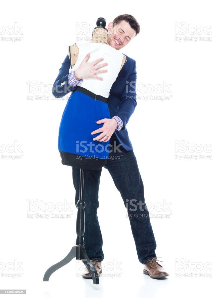 Un Hombre Guapo Bailando Con Una Forma De Vestir Foto De