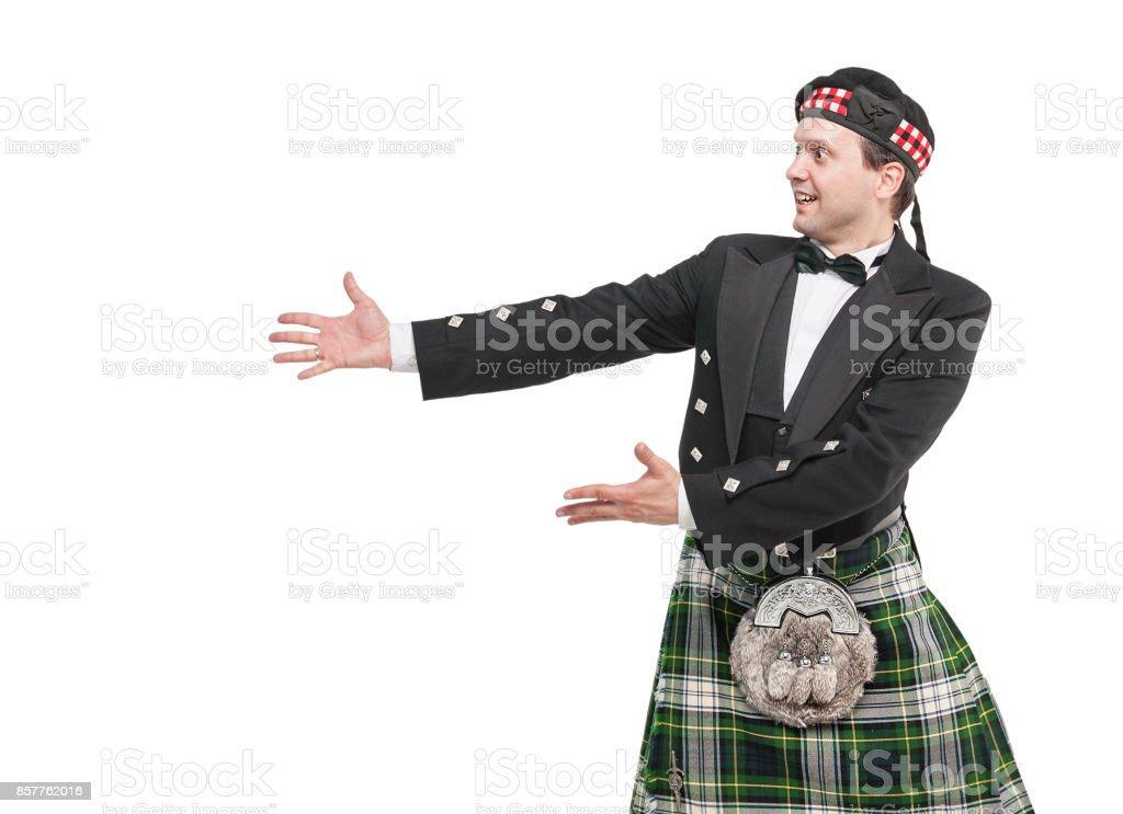Fotografía de Hombre Guapo En Traje Tradicional Escoc En Algo y más ... 308f851a494