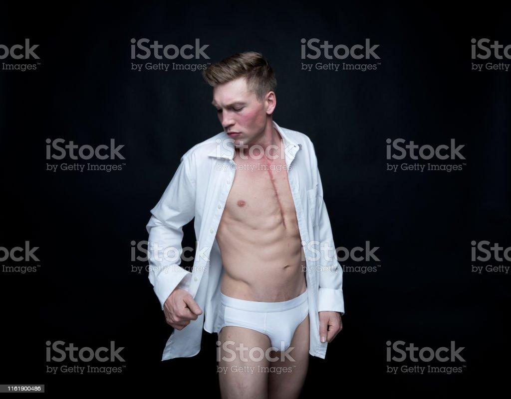 conception de la variété détails pour clair et distinctif Photo libre de droit de Homme Bel Dans Des Sousvêtements Et ...